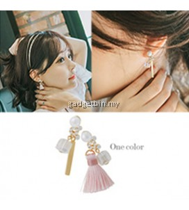 YOUNIQ-Basic Korean Pink Beige Line & Tassel AB Earring