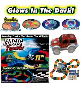 Magic Tracks Bend Flex dan Glow Racetrack with 11-Feet 165-Pieces Glow In the Dark Track and 1 Race Car