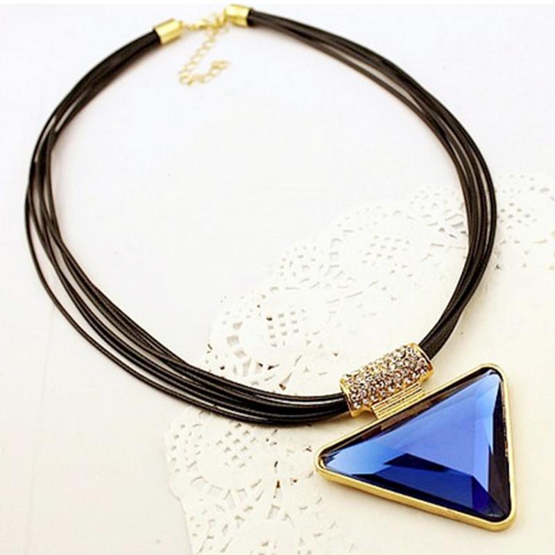 YOUNIQ-Basic Big Triangle Blue Big Necklace